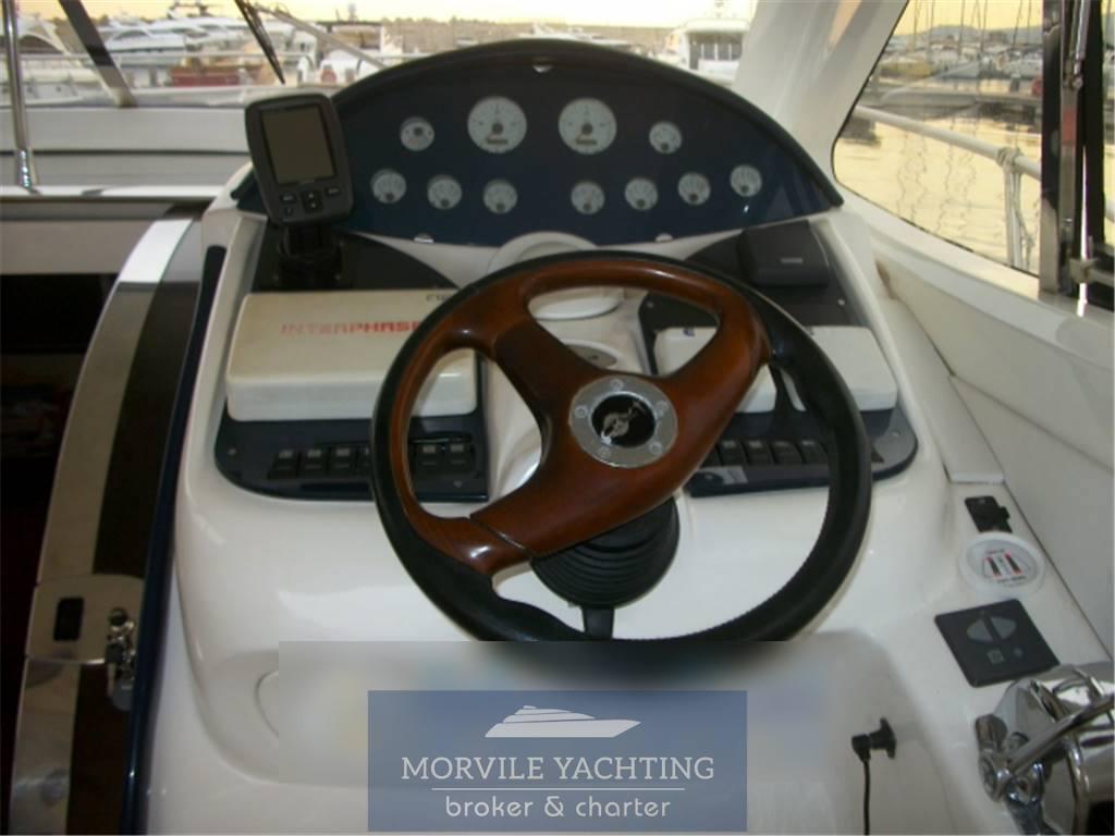 Rio 44 barco de motor