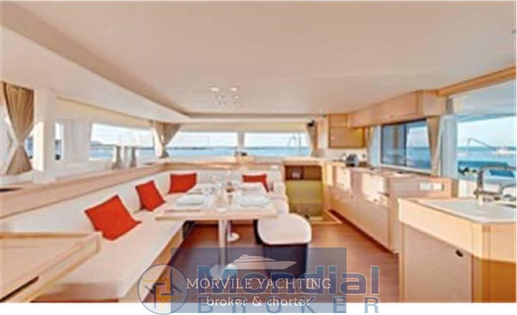 Lagoon 450 Motor boat charter