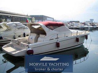 Cayman Yachts 43