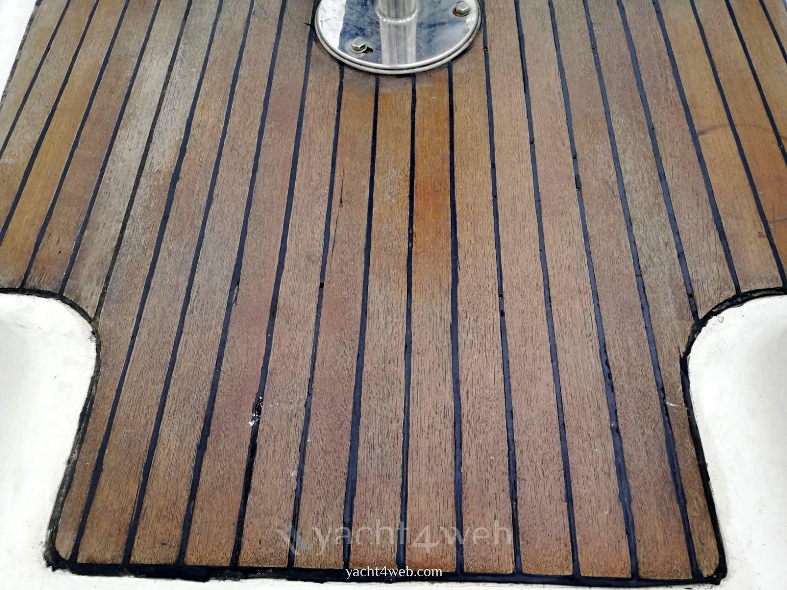 Dufour Yachts 385 grand large Exterior: detail