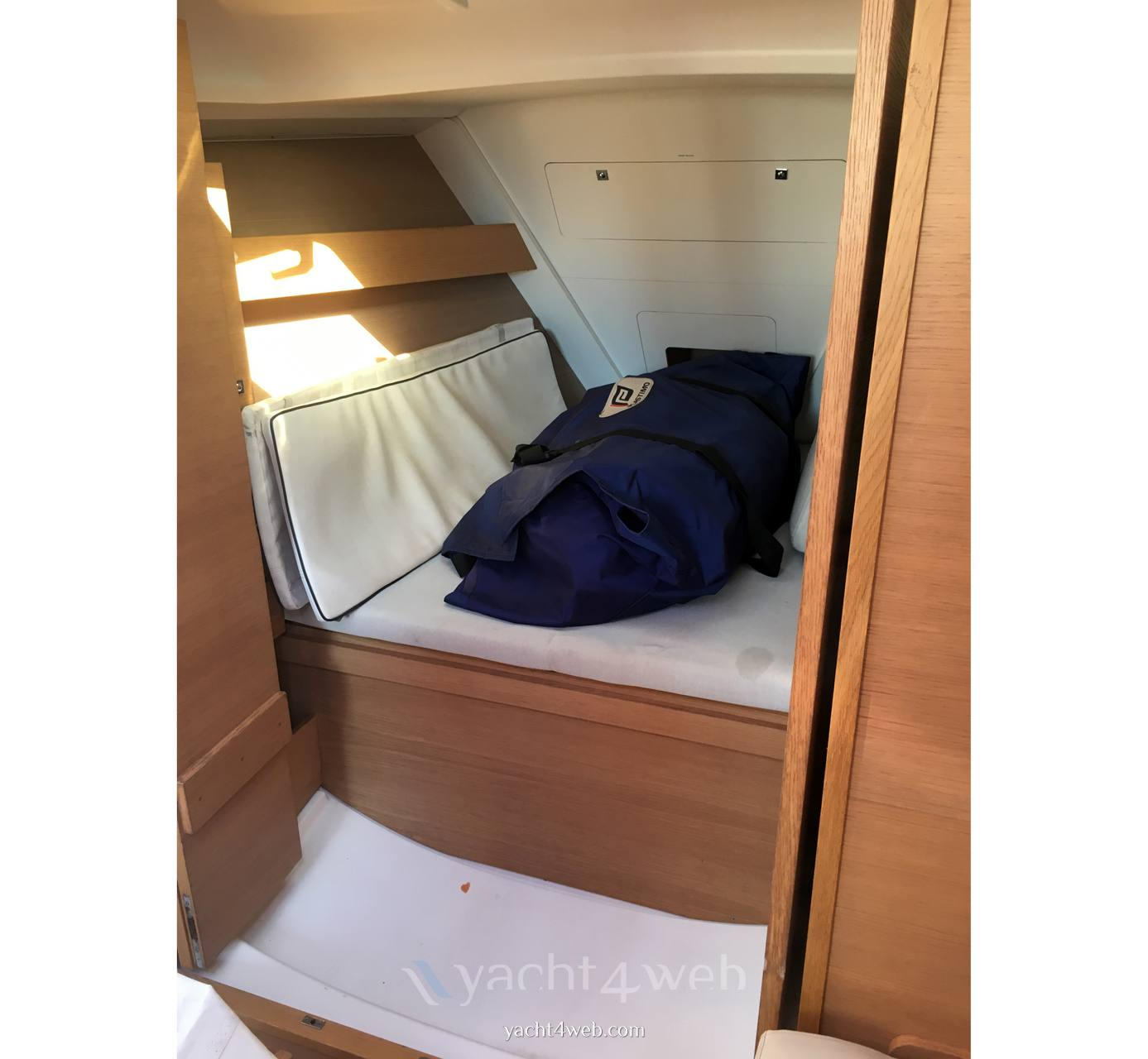 Dufour Yachts 310 grand large Sail cruiser used