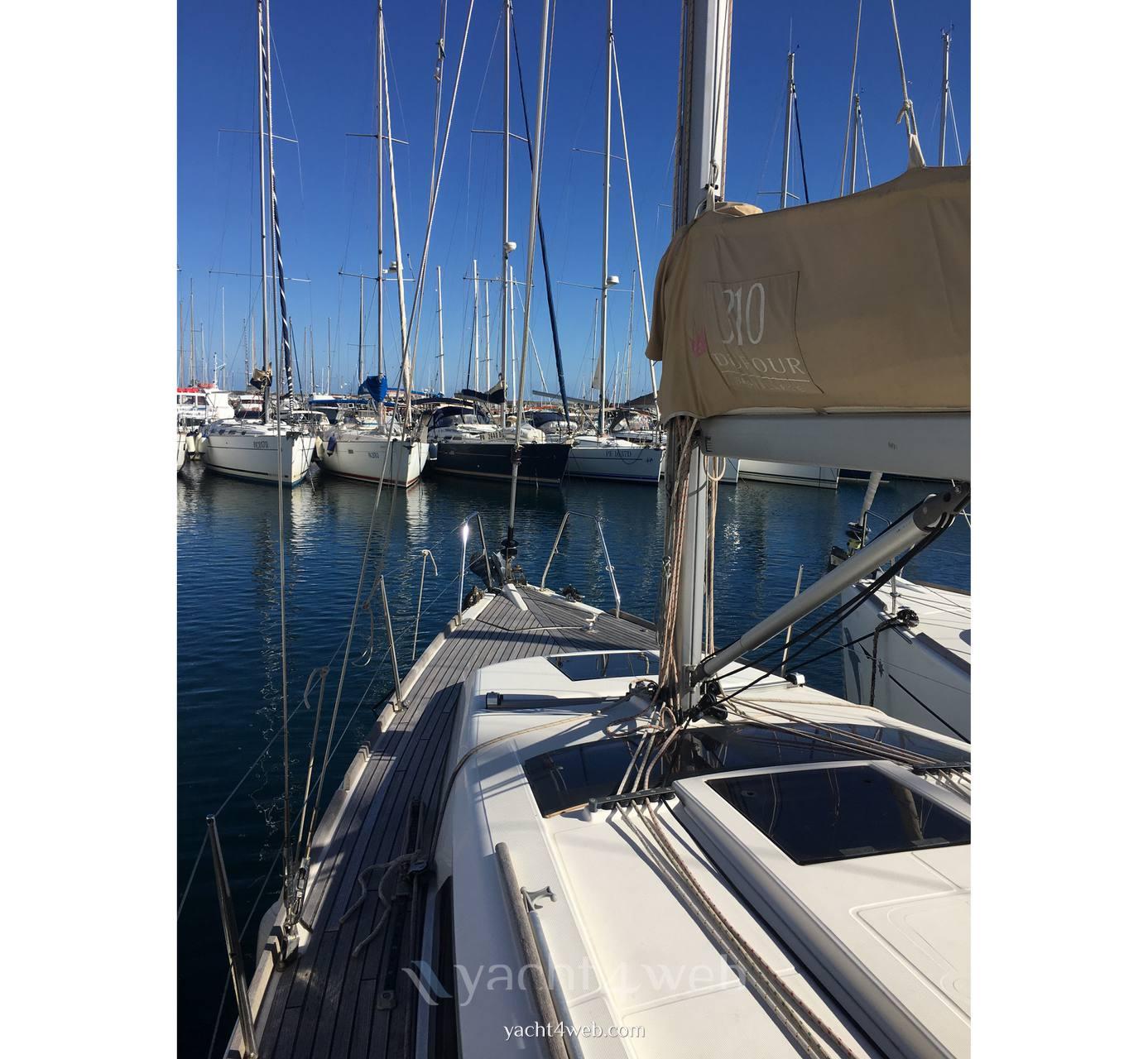 Dufour Yachts 310 grand large Sail cruiser