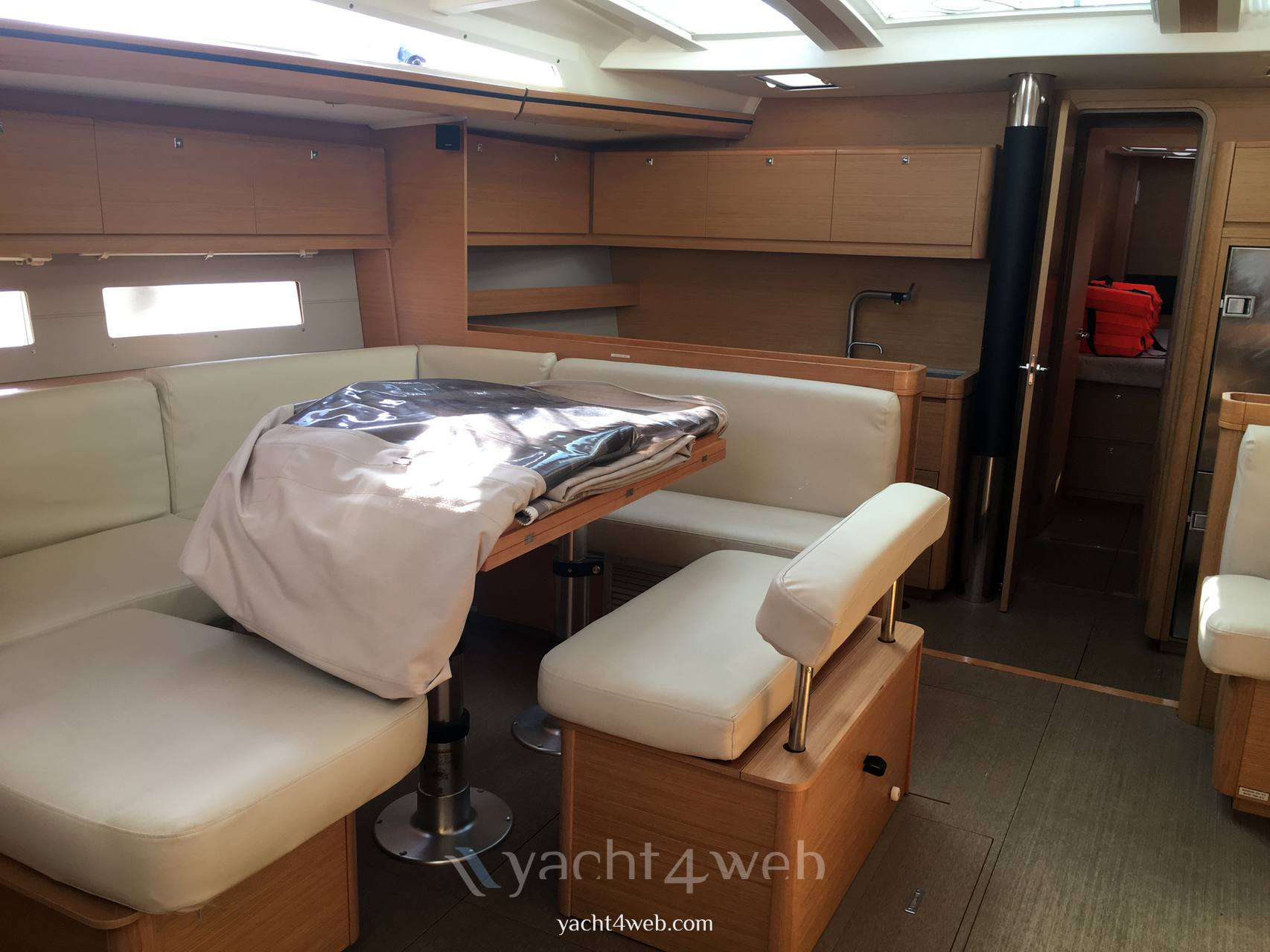 Dufour Yachts 560 grand large 2016