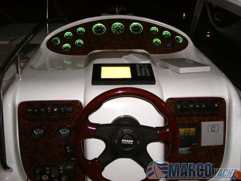 Sessa Oyster 34 motor boat