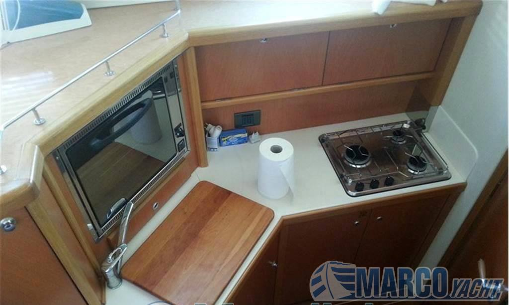 Sealine Fl 37 fly Motor boat used for sale