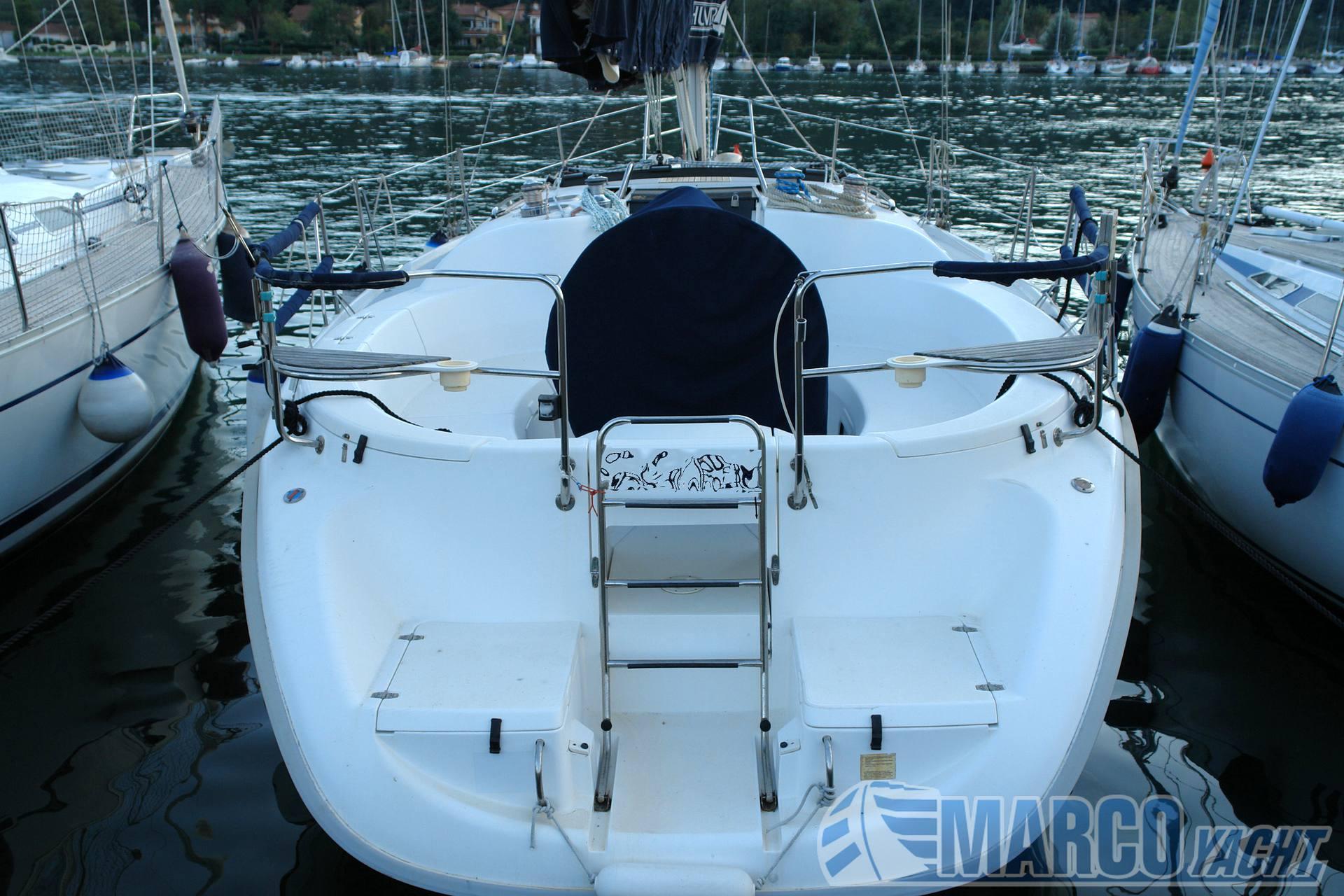 Hunter 376 Barco à vela usado para venda
