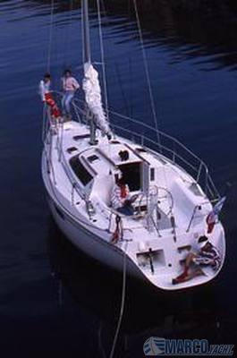 JEANNEAU Espace 990 Barca a vela usata in vendita