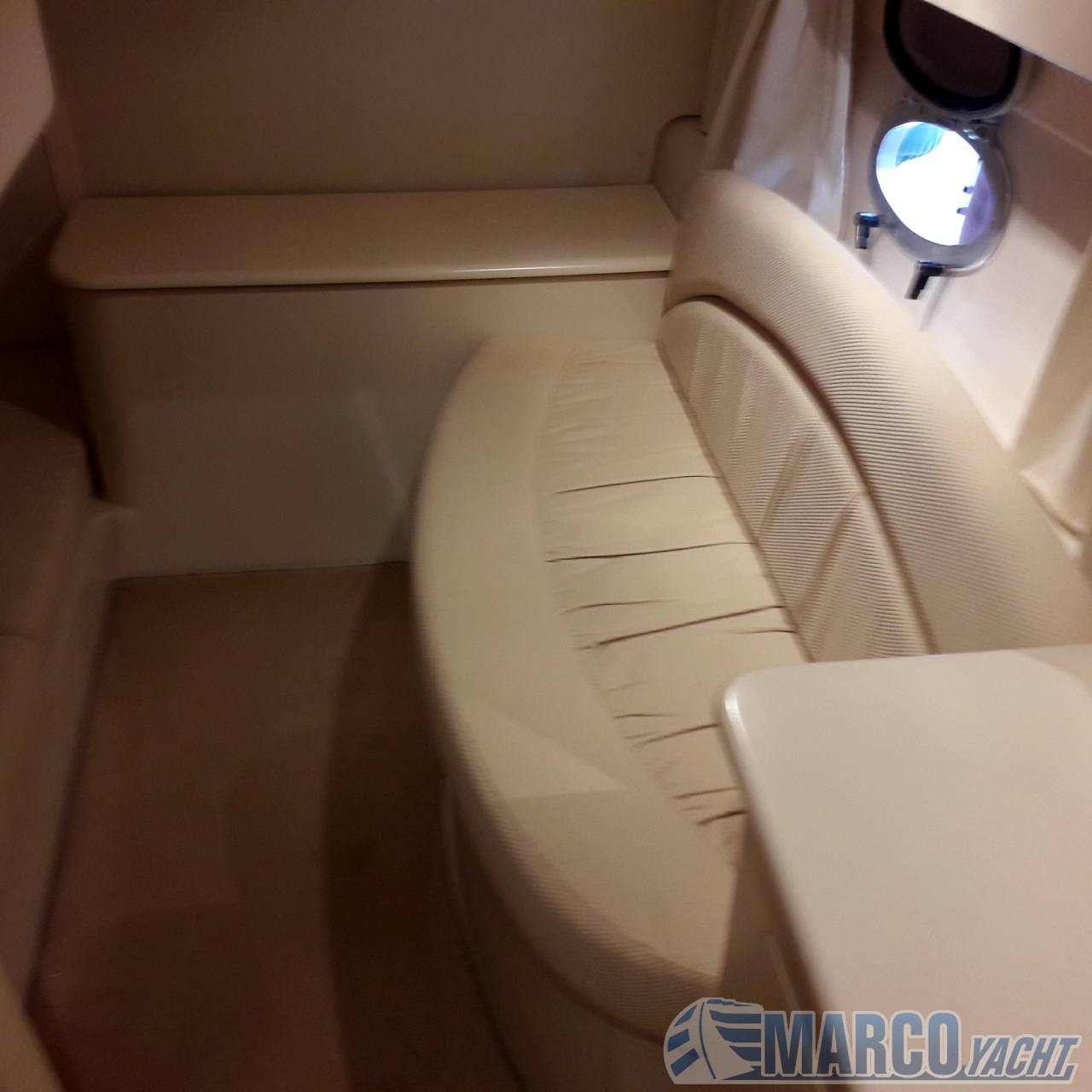 Sessa Oyster 35 Motor boat used for sale