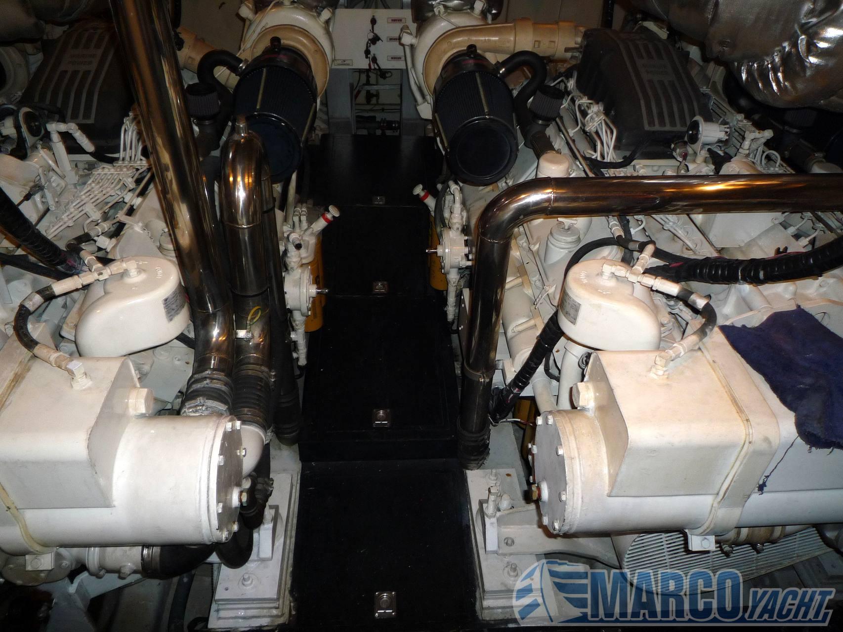 Sanlorenzo 72 motor boat
