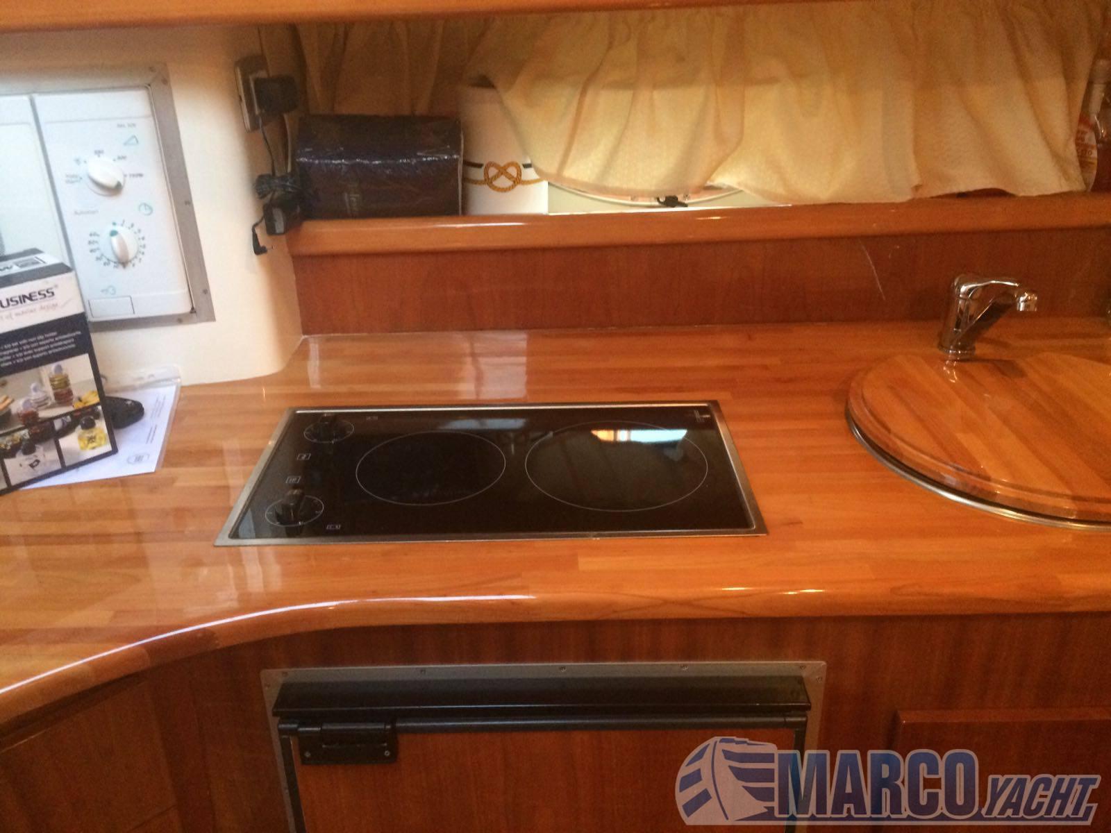 Innovazione e progetti Mira 36 Express cruiser