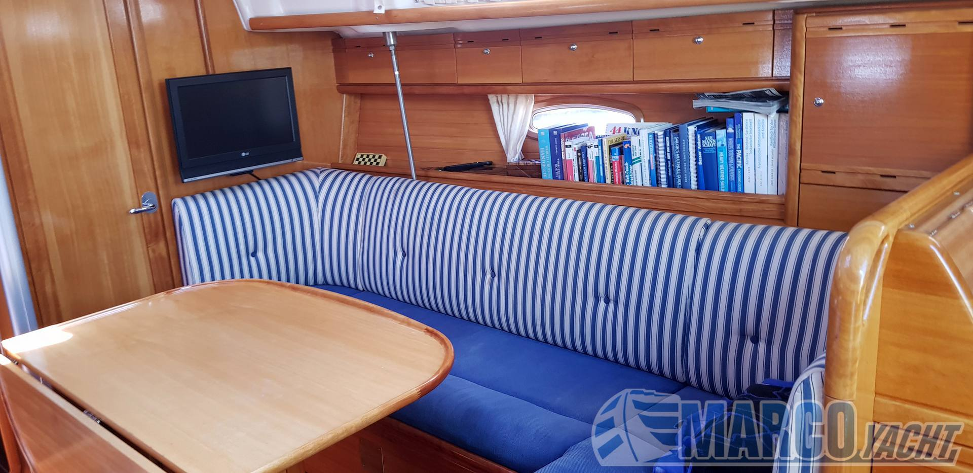 Bavaria Cruiser 37 Sailing boat used for sale