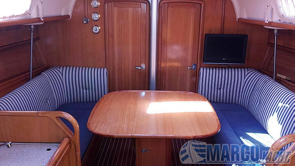 Bavaria Cruiser 37 sailing boat