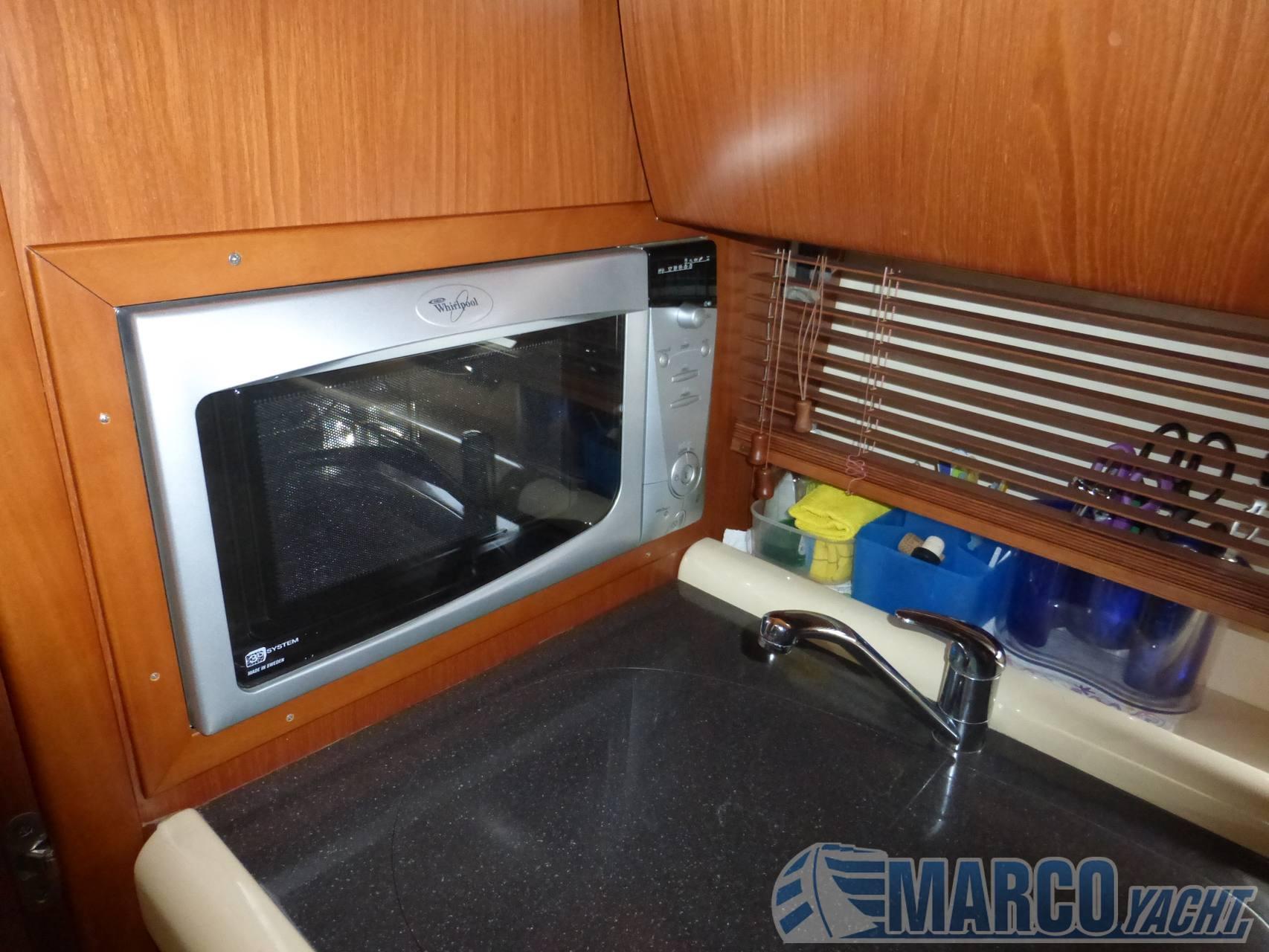 Gobbi 425 open motor boat