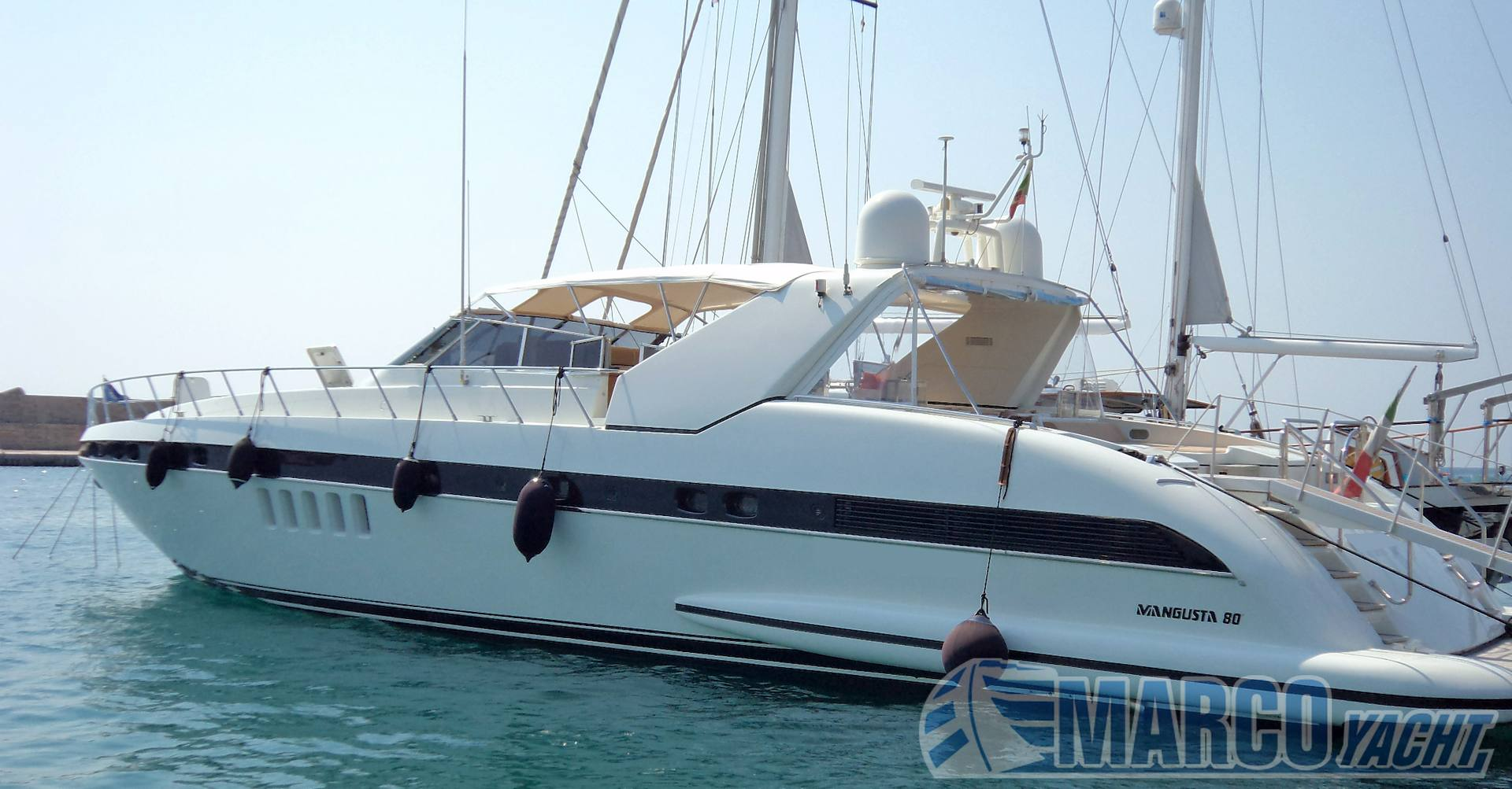 Overmarine Mangusta 80 Motor boat used for sale