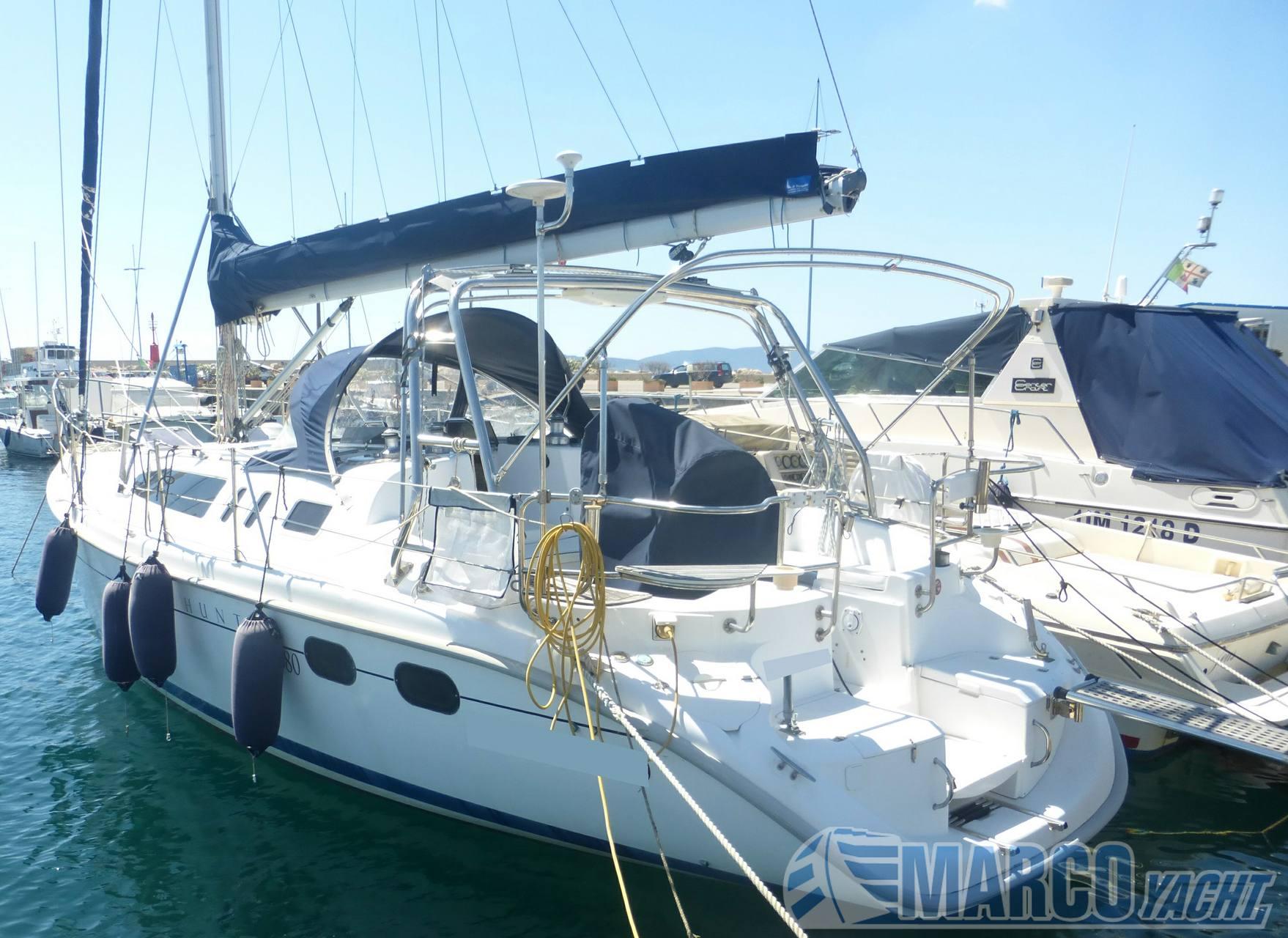 Hunter 380 Парусная лодка используется для продажи