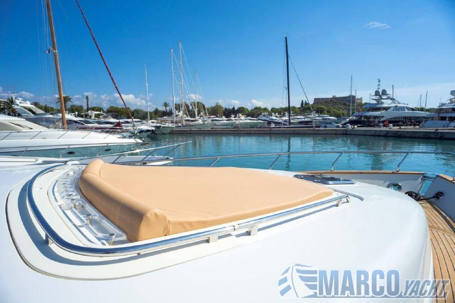 Riva 75 venere barco a motor