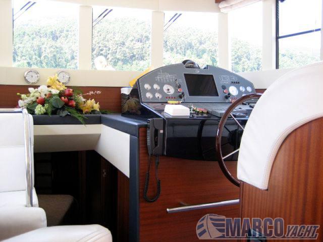Cantieri estensi Maine 530 Shuttle