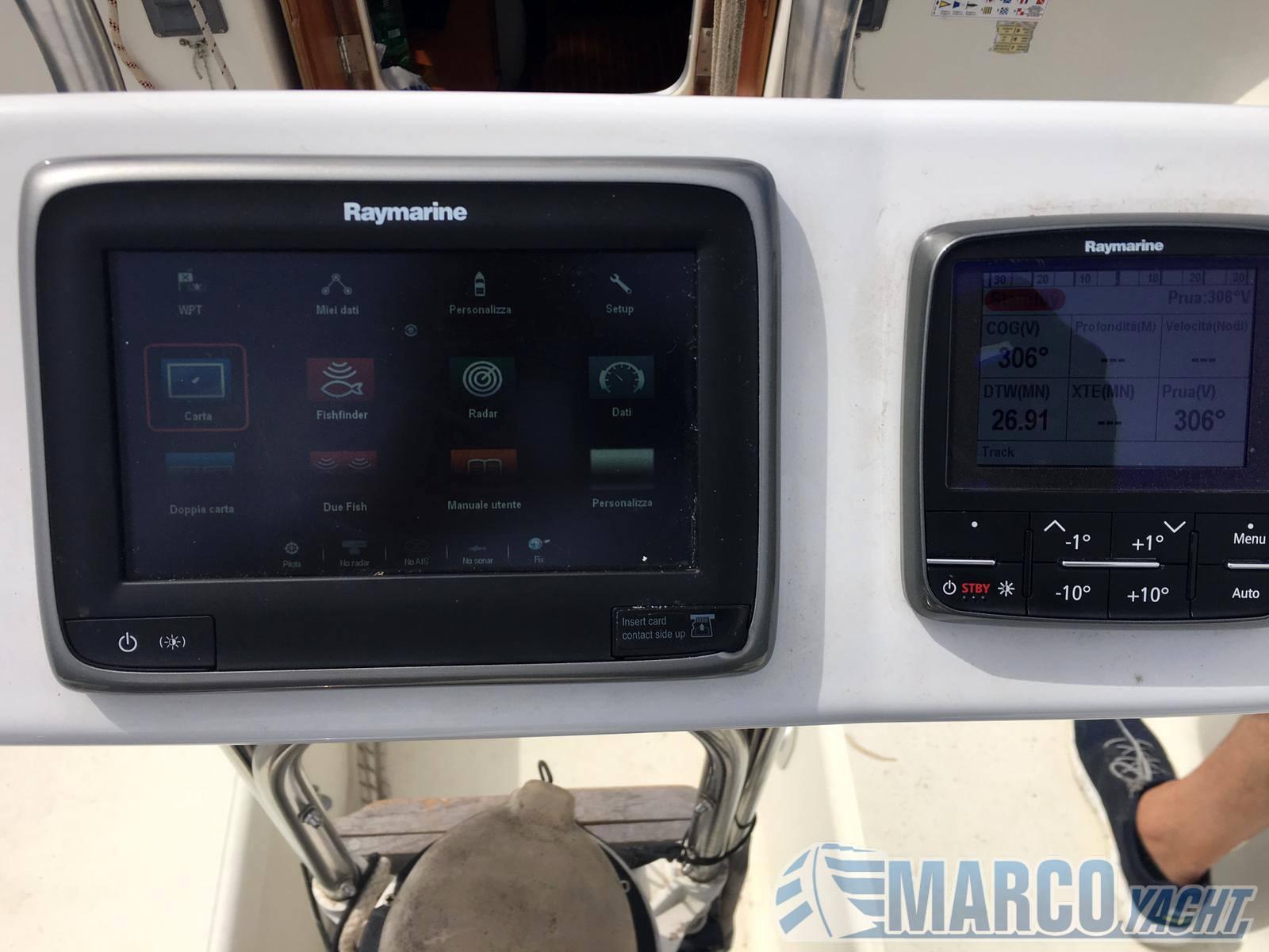 JEANNEAU Espace 990 barco de vela