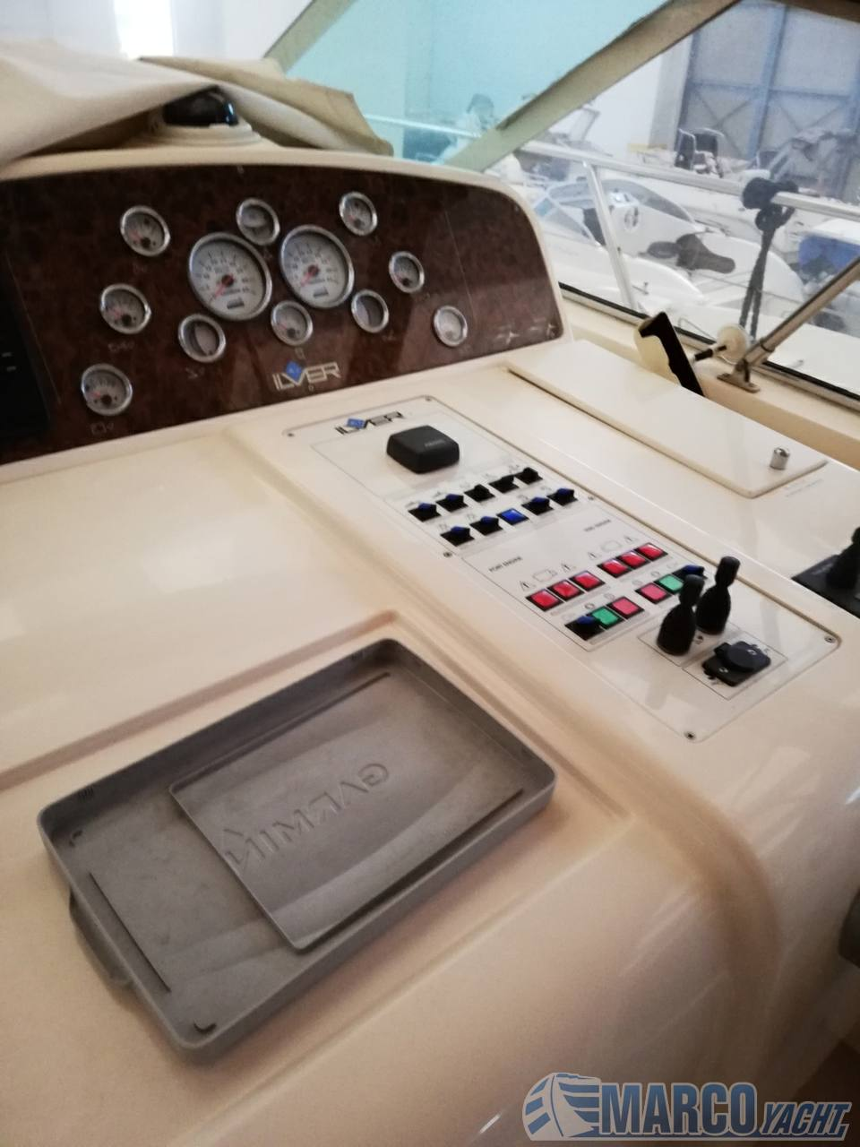 ILVER 39 spada super Express cruiser