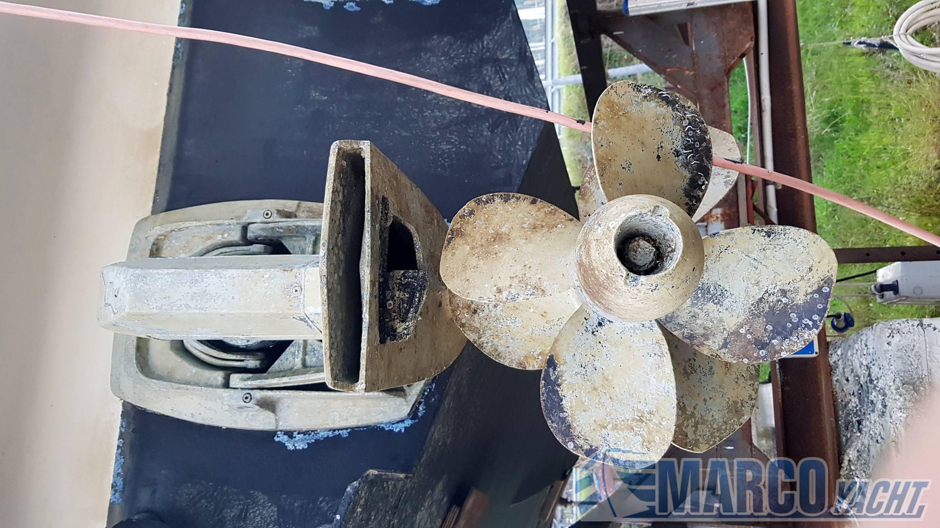 Sealine 34 open motor boat