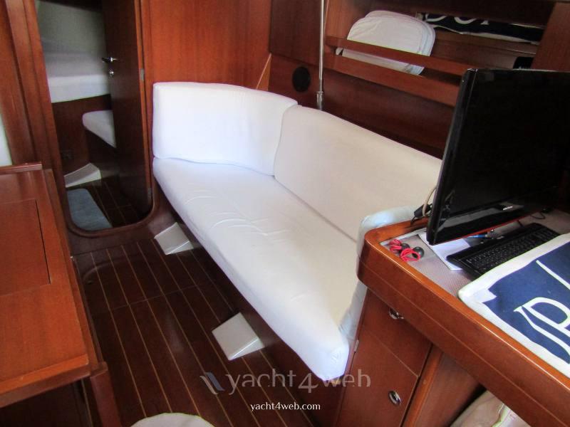 Dufour D 40 performance sailing boat