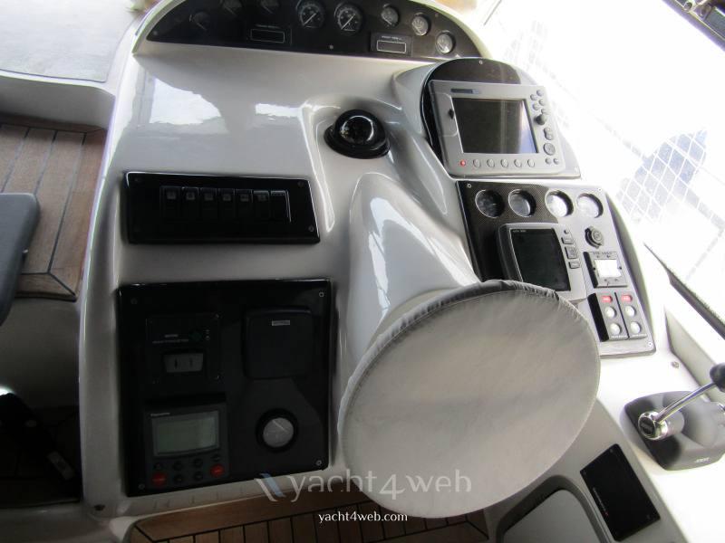 Innovazione e progetti Mira 37 Express Cruiser