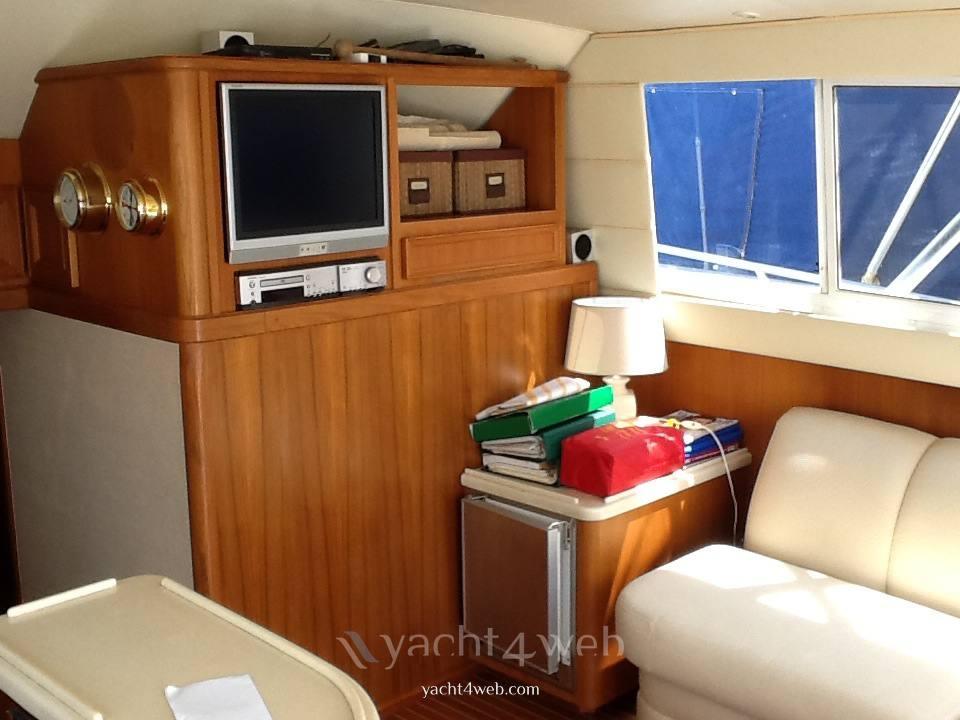Egg Harbor Yacht Golden egg 38 motor boat