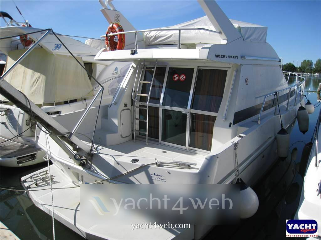 Mochi craft Dominator 40 Flybridge