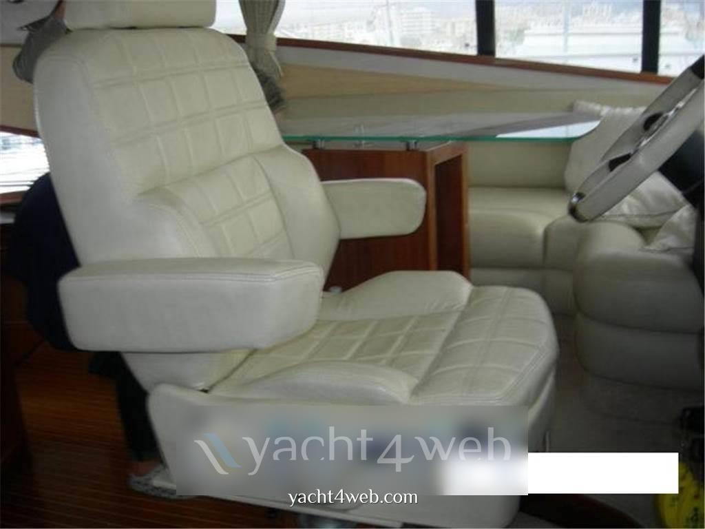 Galeon 530 Barca a motore usata in vendita