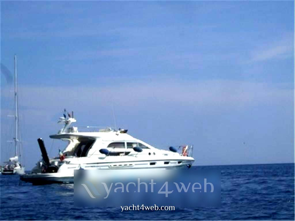Sealine F44 Motor boat used for sale