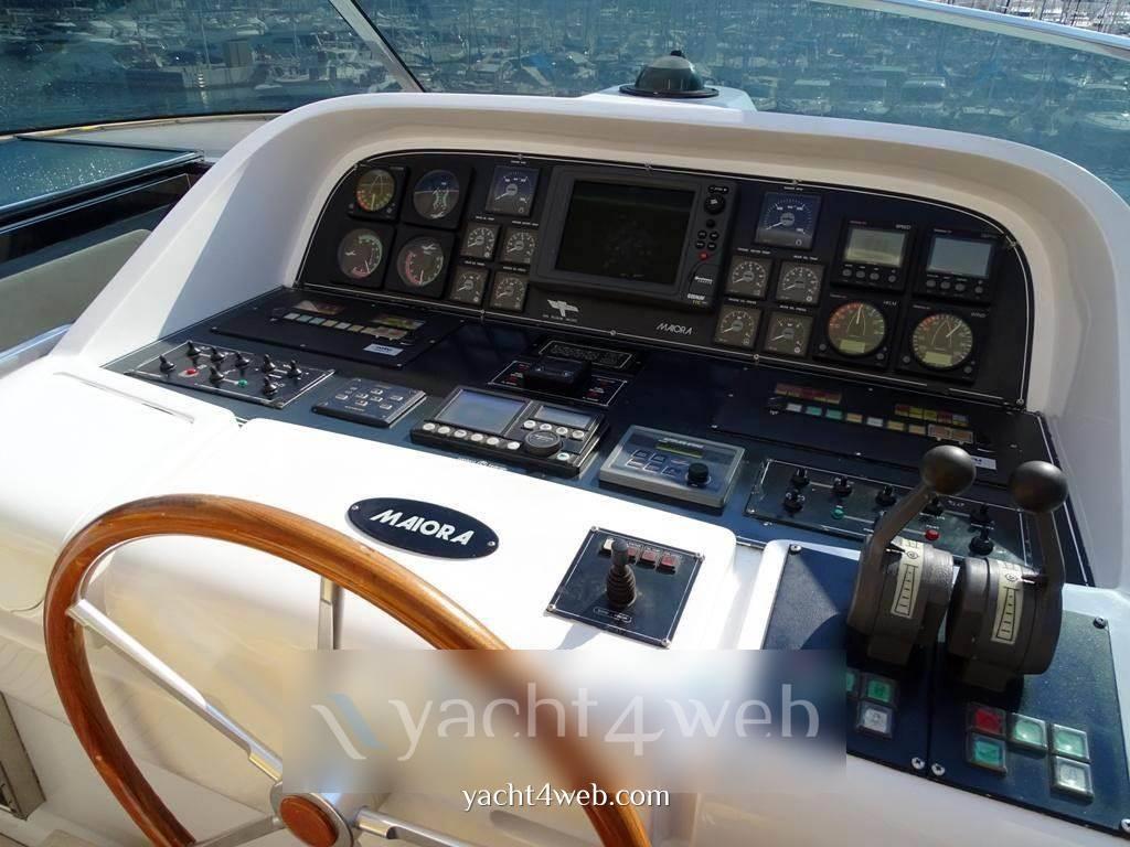 Fipa Maiora 26 dp Express cruiser used