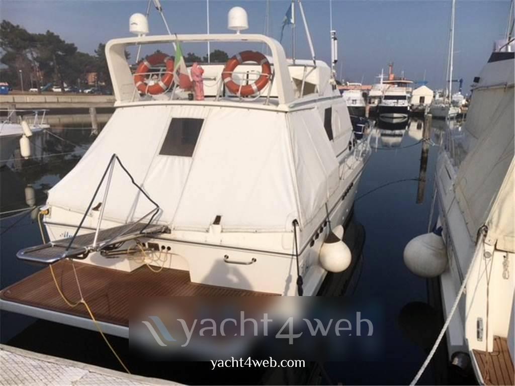 Dellapasqua Dc 10 Motor boat used for sale