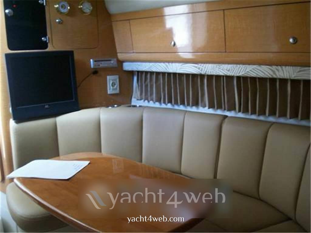 Chaparral Signature 290 Express Cruiser