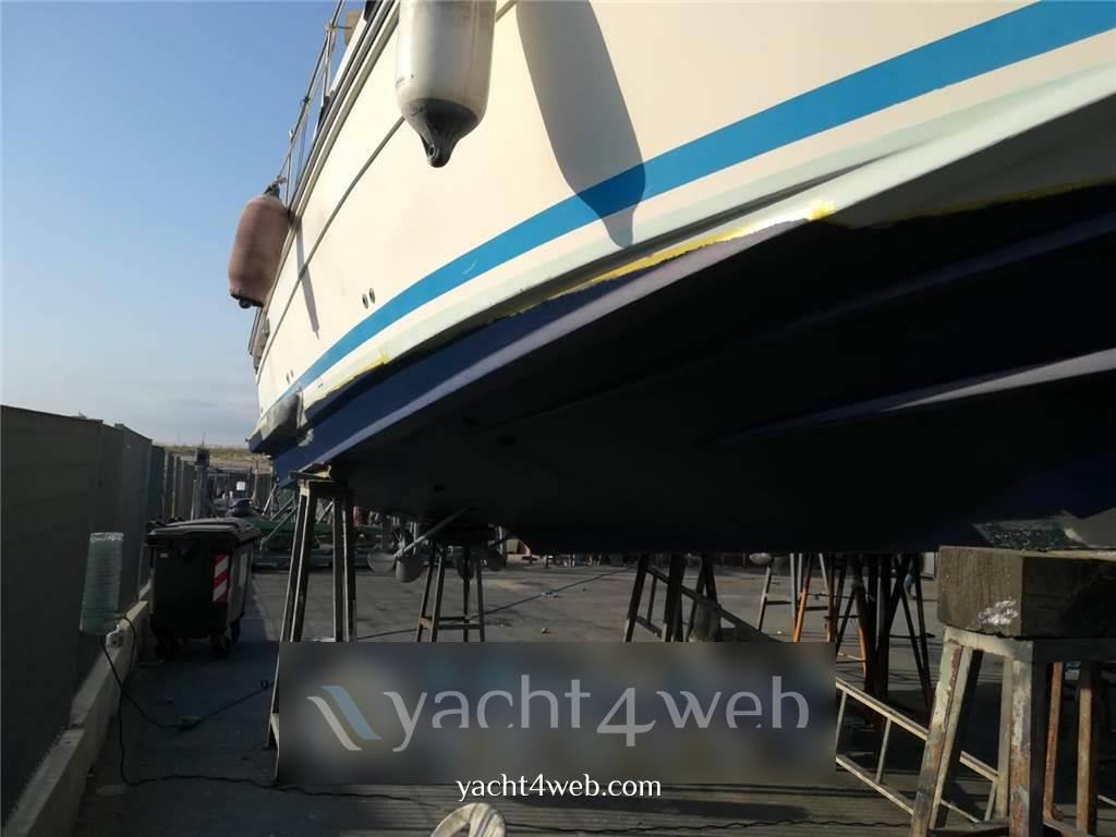 Azimut Az 28 Barca a motore usata in vendita