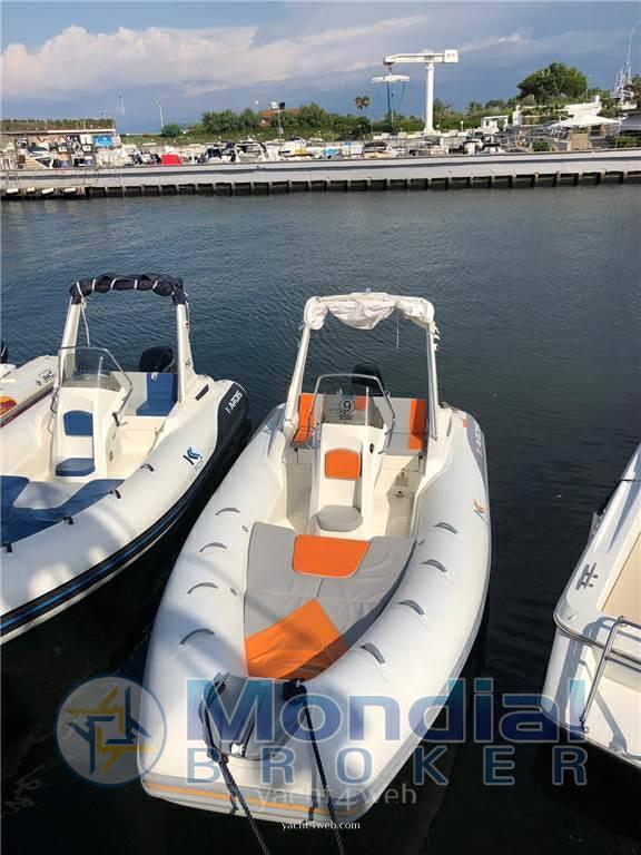 Kardis Tatanka 6.90 Gommone bateaux d'occasion à vendre