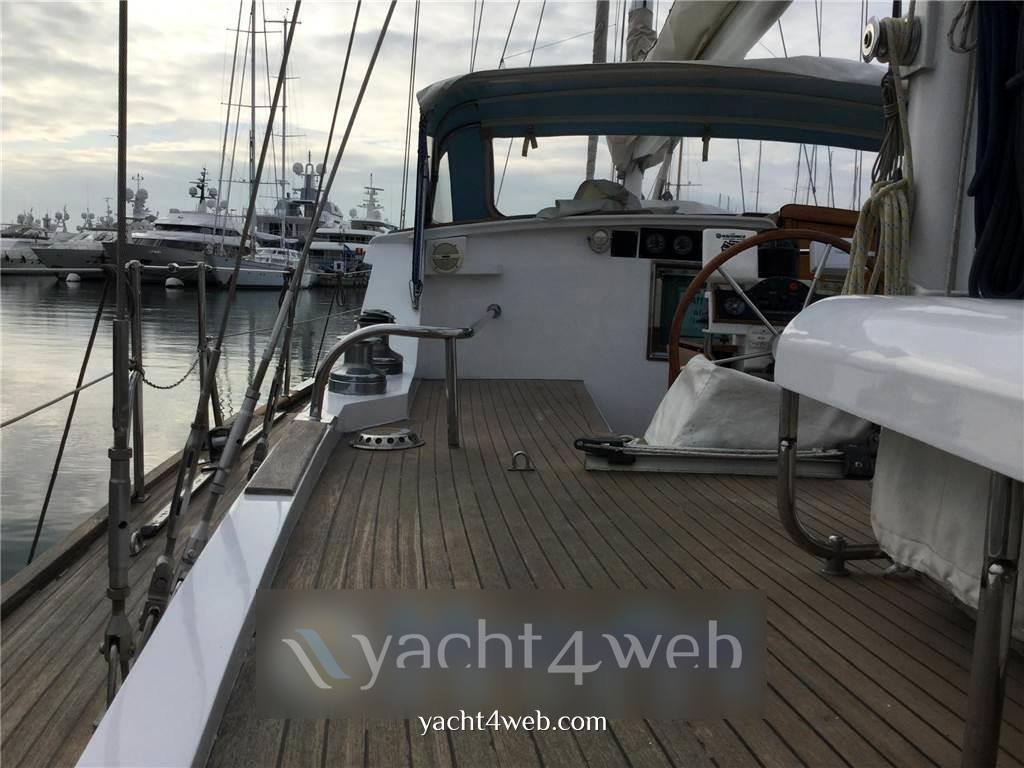 Benetti sailing division Motoveliero Motorsailer usato