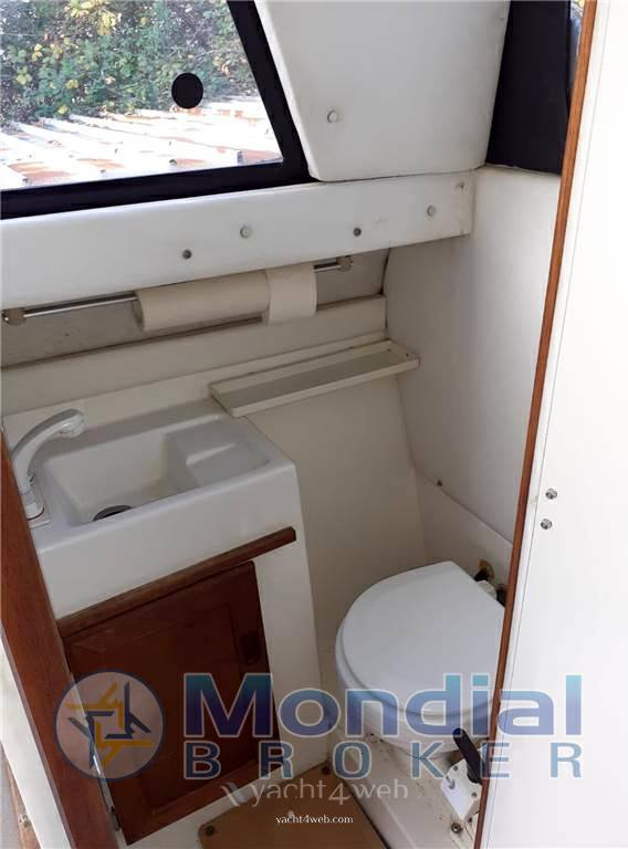 Bayliner 2556 fly Fast Commuter used