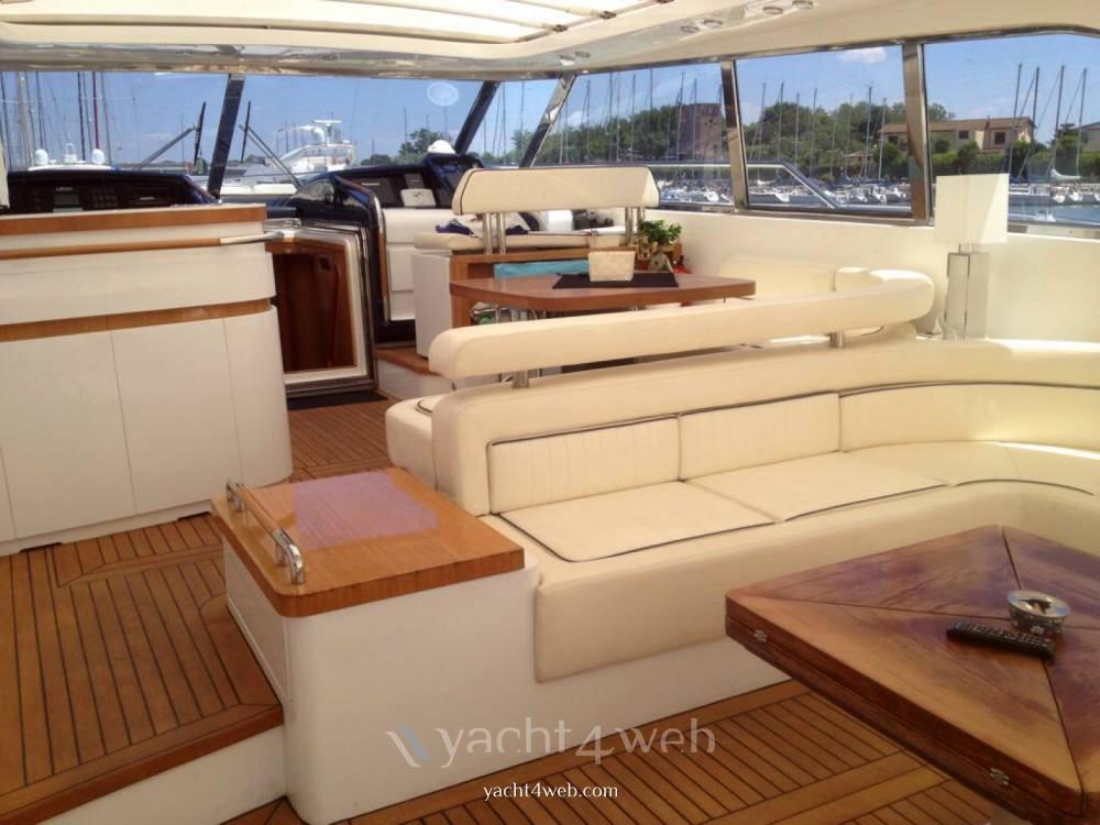 ILVER Vista 58 charter