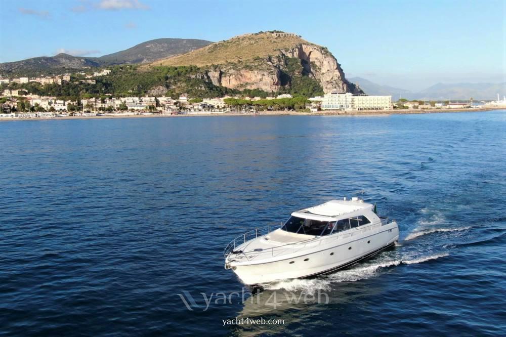 ILVER Vista 58 Hard top charter