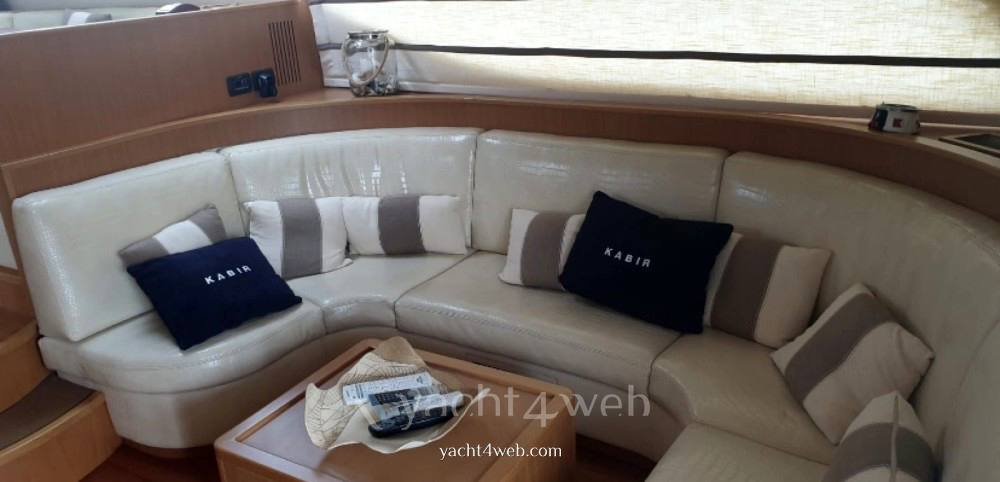 UNIESSE 58 fly Flybridge
