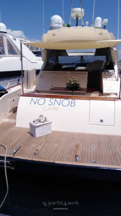 Cayman 58 ht walk araound Barca a motore charter