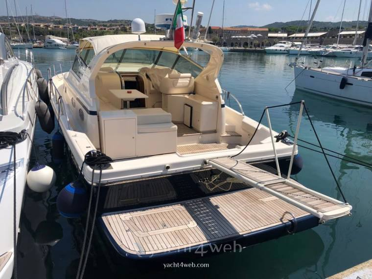 Cayman 40 wa barca a motore