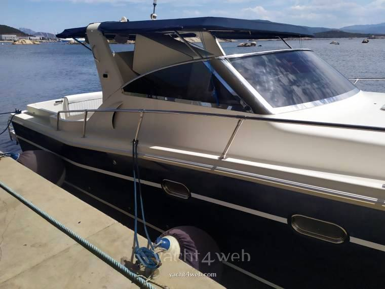 Gagliotta 37 Motor boat used for sale