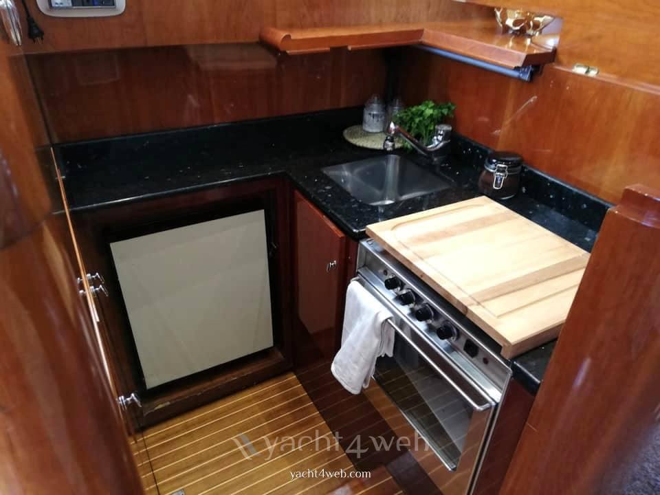 Azimut 45 fly bateau à moteur