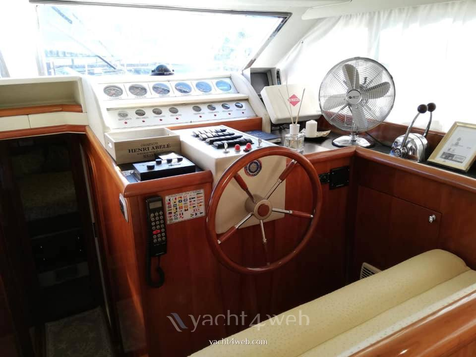 Azimut 45 fly used