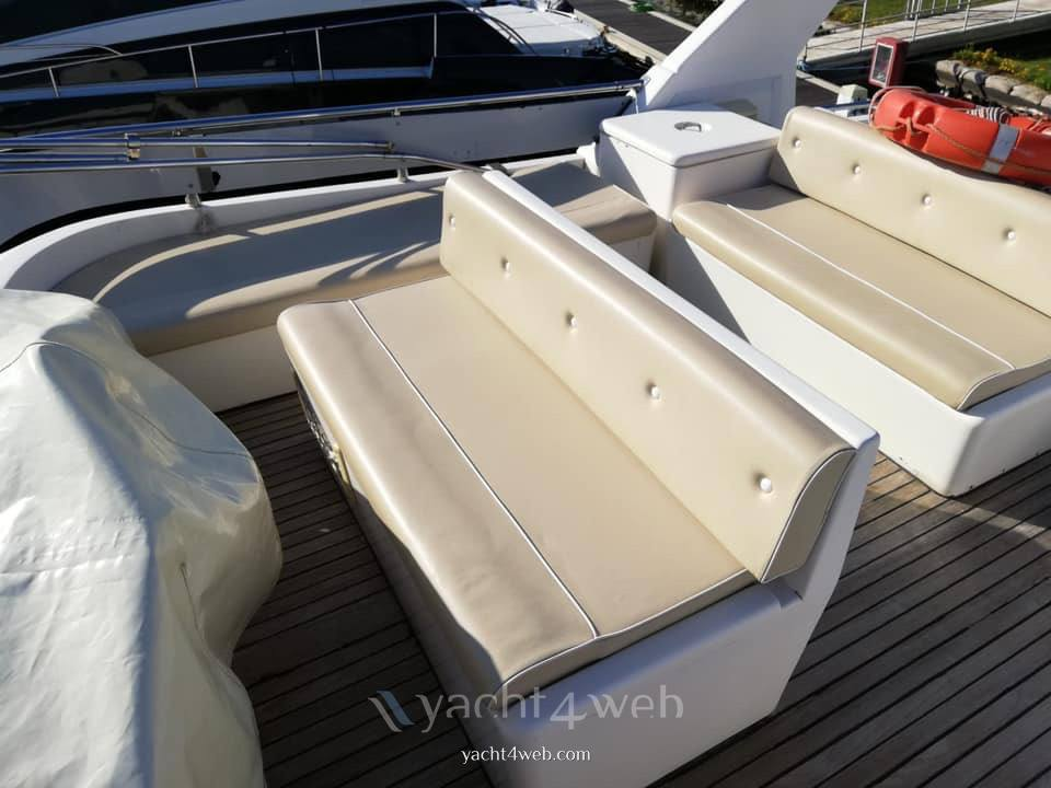 Azimut 45 fly Motor boat used for sale