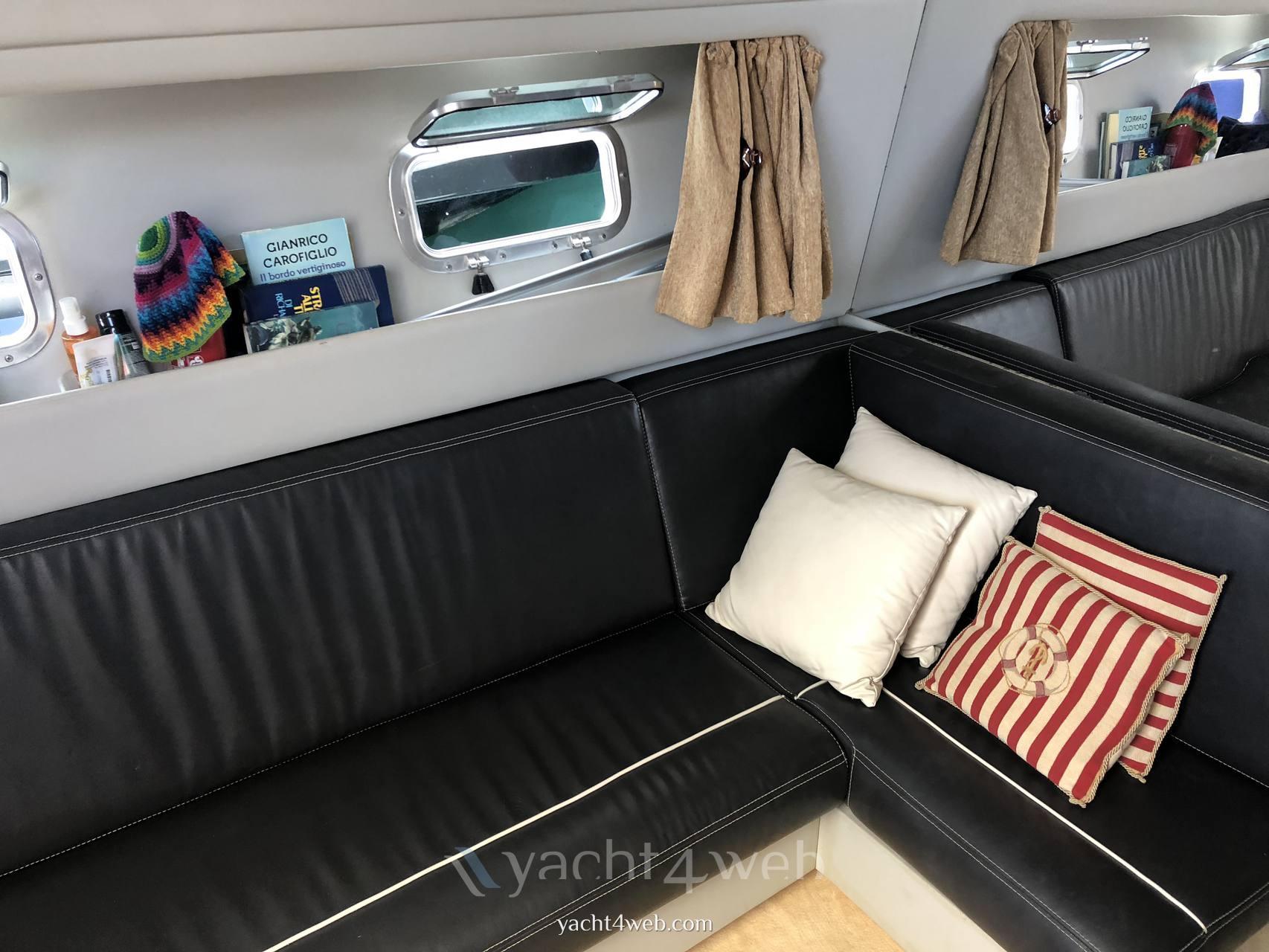 Fiart 38 leader Barca a motore usata in vendita