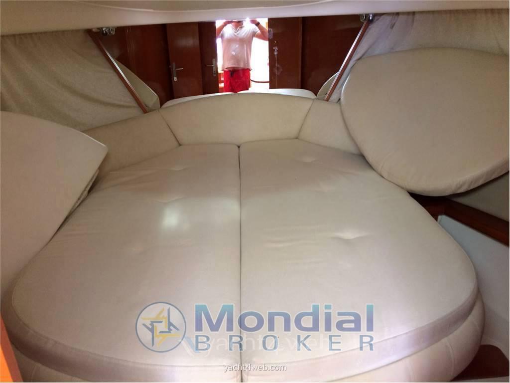 JEANNEAU Prestige 34 motor boat