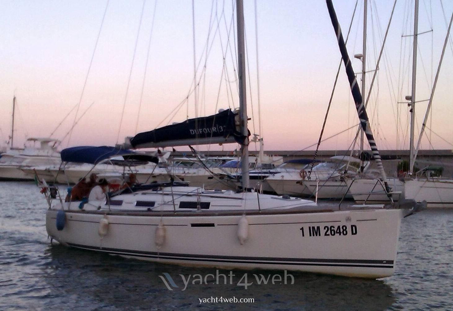 DUFOUR 325 gran large Racer and Cruiser