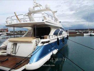 Azimut Yachts 78 flybridge